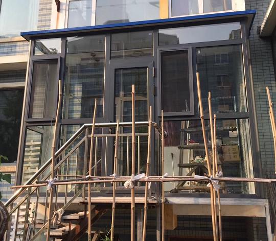 大连外探阳台断桥铝设计施工